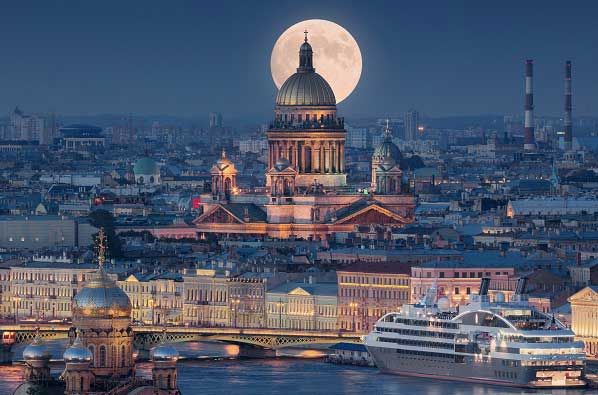 saint petersburg wins top title during world travel awards grand